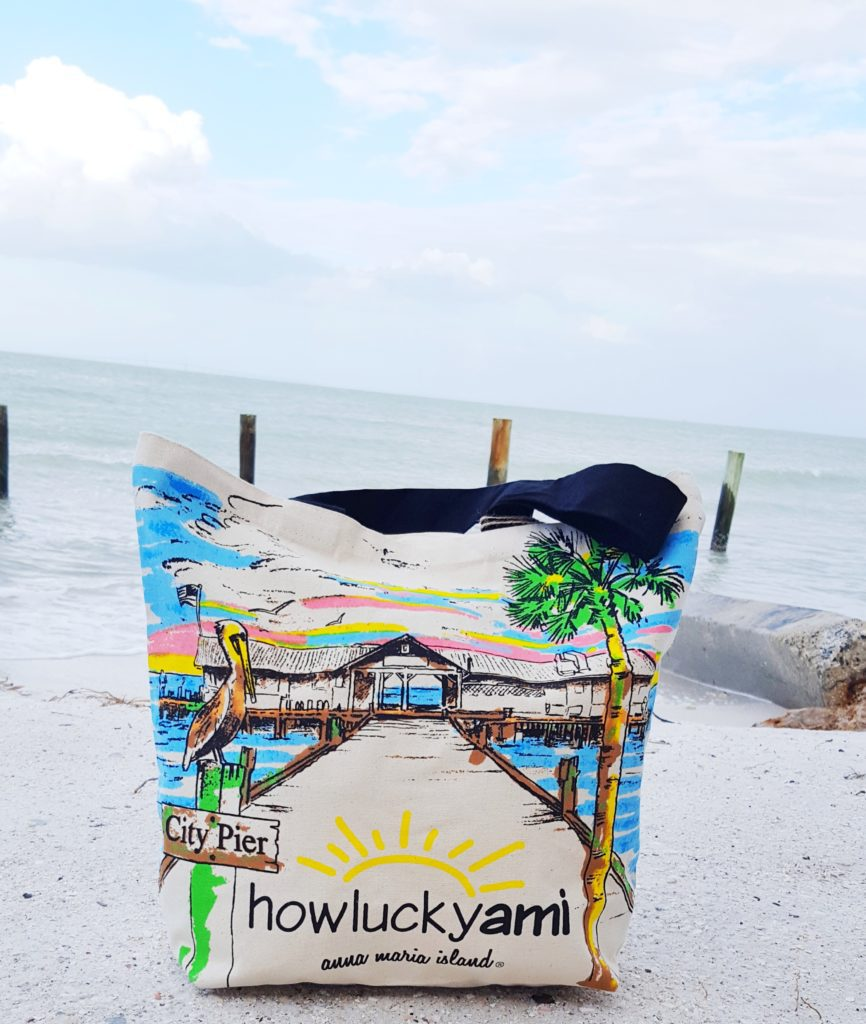 howluckyami beach bag on anna maria island