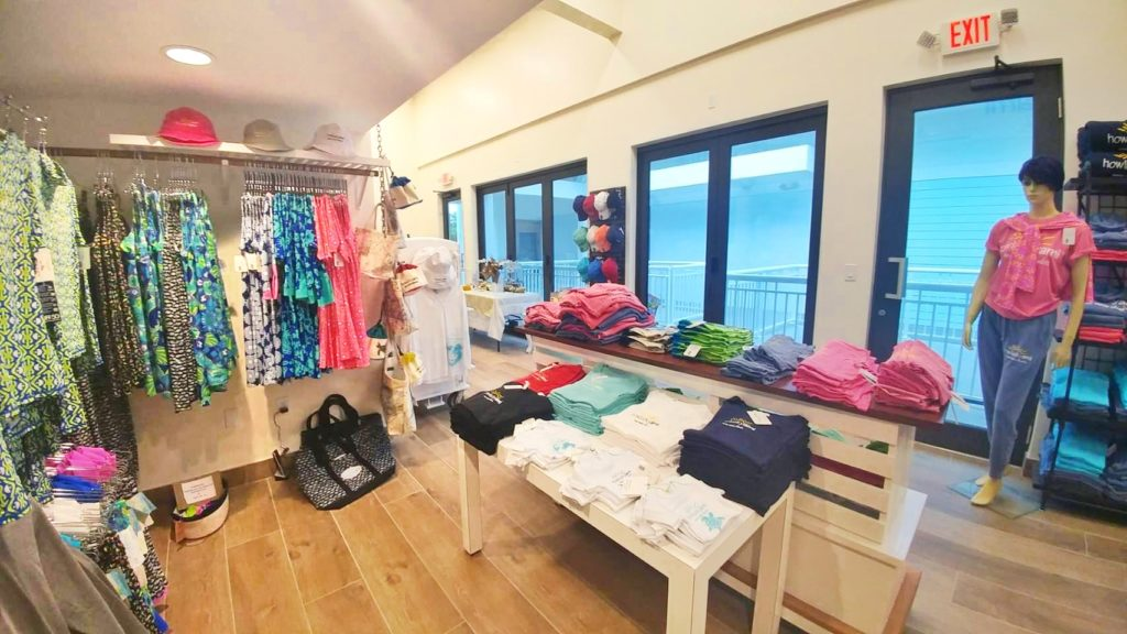 howluckyami shop anna maria island
